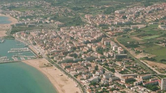 Cambrils with its famous port